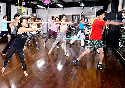 集団ダンス